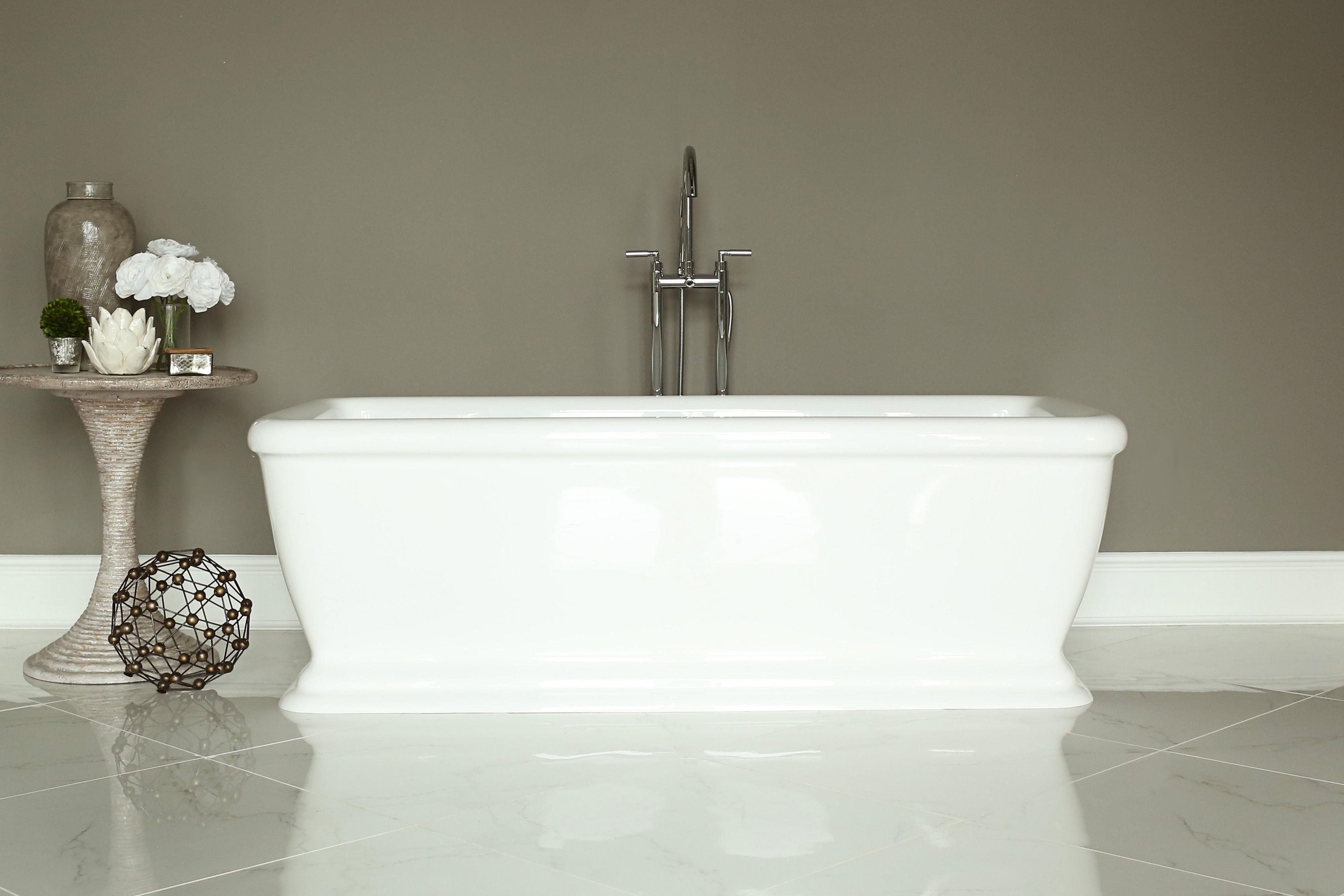 SIGNATURE BATH - LUXURY BATHS!